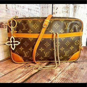 Louis Vuitton Compiegne 28 Crossbody